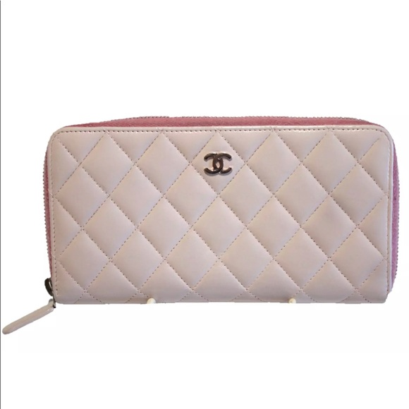 141483ab8d2e ... chanel bags authentic zippy pink quilted wallet poshmark ...
